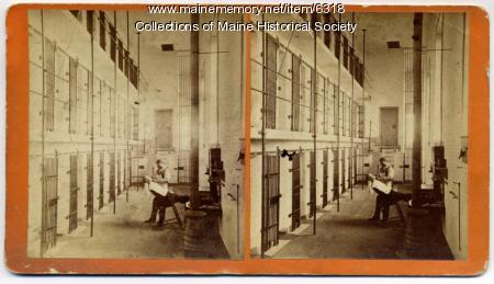 Barber Shop Portland Maine : Maine Memory Network Maine State Prison barber, Thomaston, ca. 1900