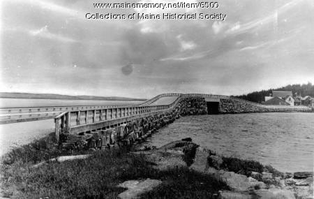 Cribstone Bridge, Orr's Island