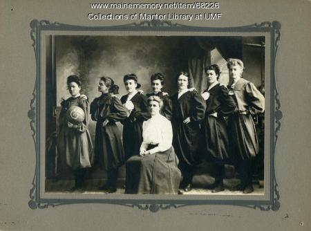 Women's basketball team, Farmington State Normal School, 1905