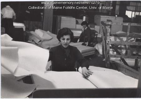 Women sorters at Eastern Fine Paper, Brewer, ca. 1960