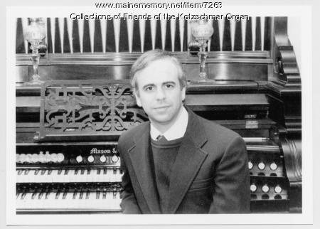 Organist Earl Miller, Portland, ca. 1988