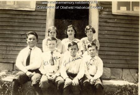 Dunkertown School (South Otisfield) about 1924