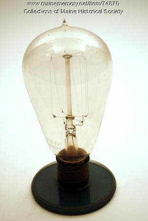 Tungsten filament lamp, ca. 1909