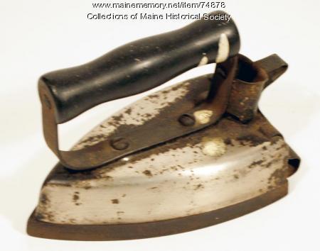 Hotpoint standard iron, 1915