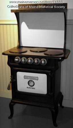 Universal electric stove, ca. 1922