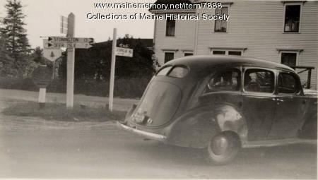 Stonington road crossing, 1942