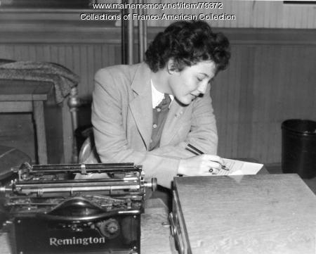 Madeleine Giguère, Portland, ca.1945