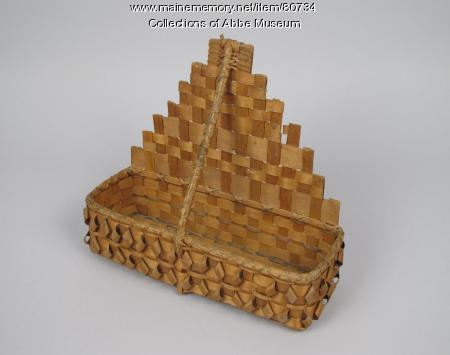 Comb basket, Wabanaki, late 19th - early 20th century