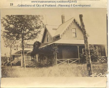 Washington property, E. Side Oakland Avenue & W. Side Meridian, Peaks Island, Portland, 1924