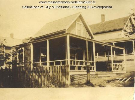 House & Home Company property, N. Side Epps Street, Peaks Island, Portland, 1924
