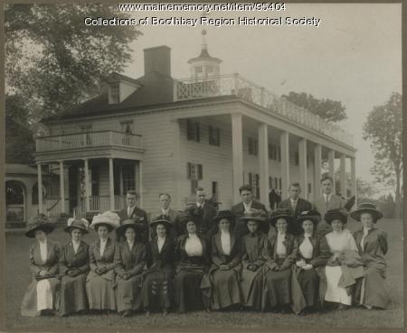 Boothbay High School class of 1910 at Mt. Vernon, Virginia