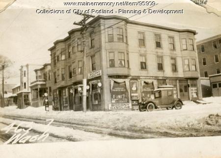 465-467 Washington Avenue, Portland, 1924