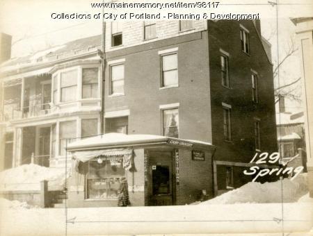 129 Spring Street, Portland, 1924