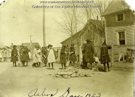Arbor Day, St. Agatha, 1923