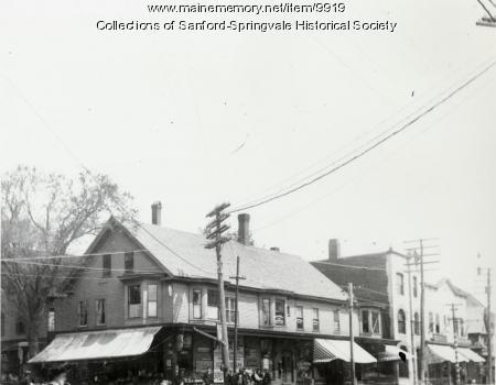 Frank Broggi's Fruit Store, Sanford Square, ca 1905