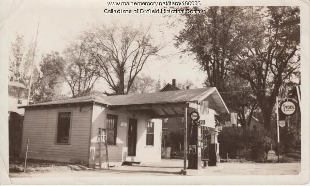 Maurice Horne Garage, Weld Street, Dixfield, ca. 1939