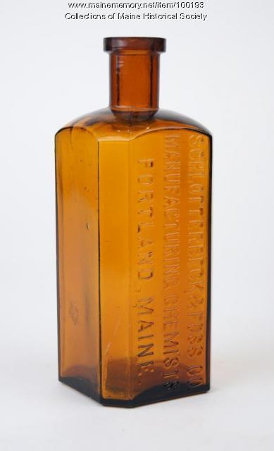 Schlotterbeck & Foss bottle, Portland, ca. 1900