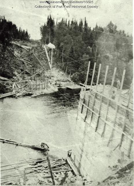 Railroad bridge construction, Fish River, 1902