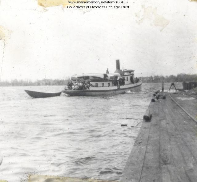 "Steamboat ""Rainbow,"" Norcross, ca. 1915"