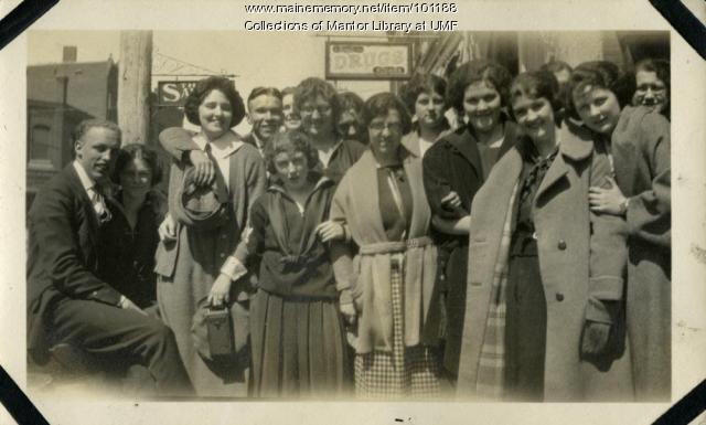 Normal School students, Farmington, ca. 1922