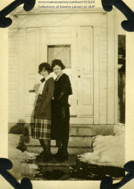 Alta McLean and Myrtle McLean, Farmington, ca. 1921