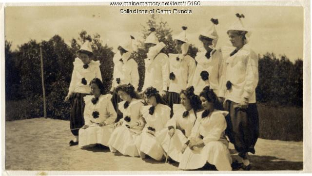 Camp Runoia campers in costume in 1910