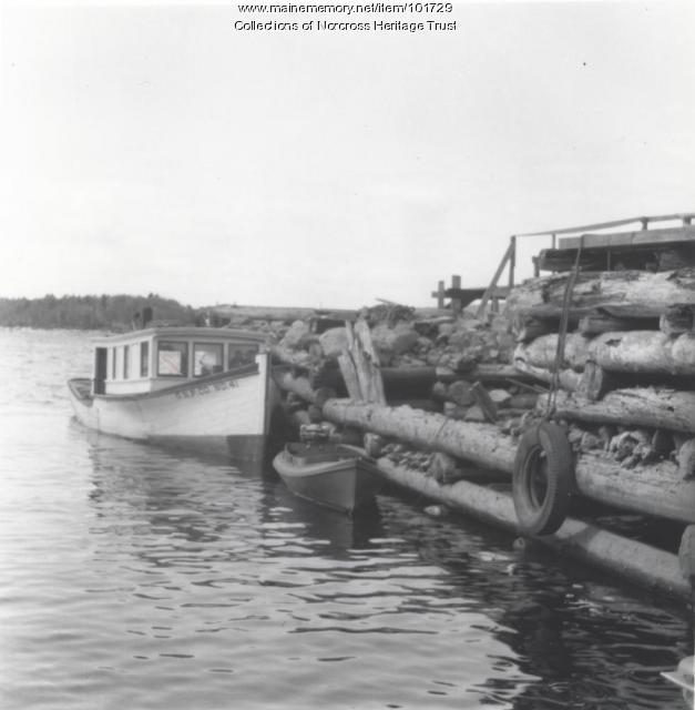 "The ""GNP Co. No. 41"" boat, Norcross Wharf, ca. 1947"