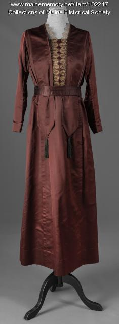 Silk dress with lace and tassel details, Bangor, ca. 1920