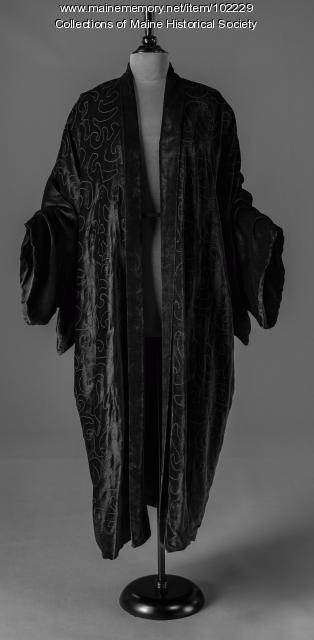 Ruth Trappan's coat, Yarmouth, ca. 1915