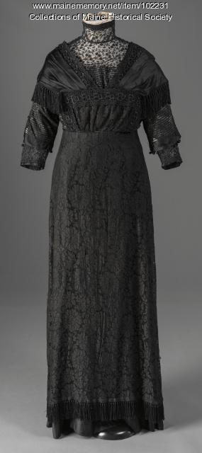 Esther McDonald's Edwardian-era evening dress, ca. 1910