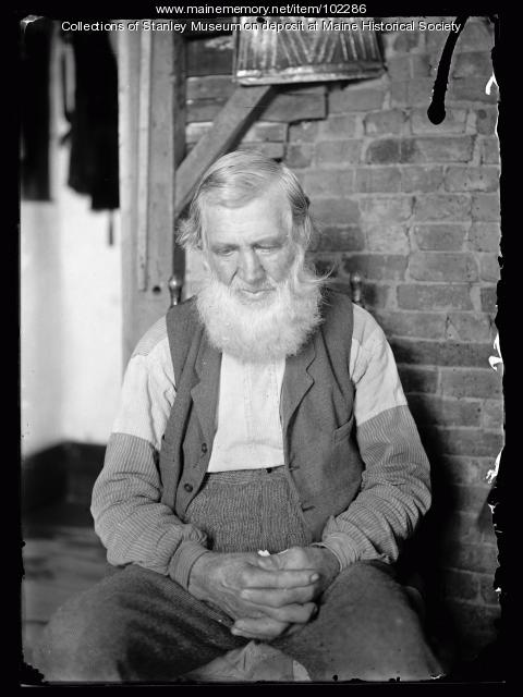 Old man with full beard, ca. 1910