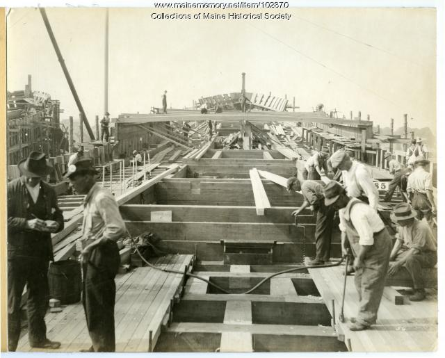 "Construction of the S.S. ""Lewiston,"" South Portland, 1918"