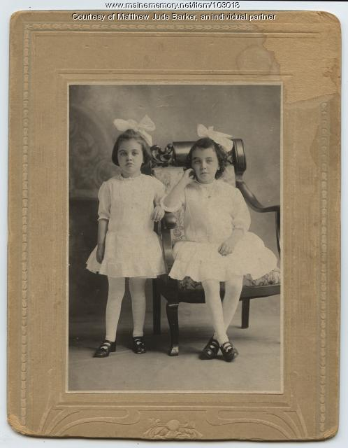 Helen and Mildred Keirns, Portland, ca. 1917