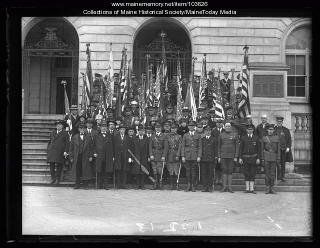 Military parade group, City Hall, Portland, ca. 1926