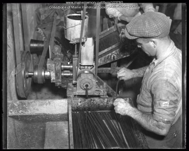 Leo Robichaud, Saunders Brothers factory, Westbrook 1936