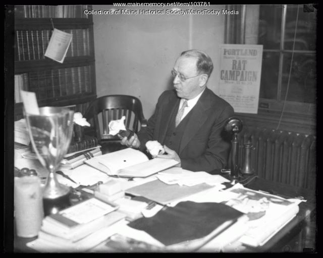 Dr. Thomas Tetreau, Portland, 1935