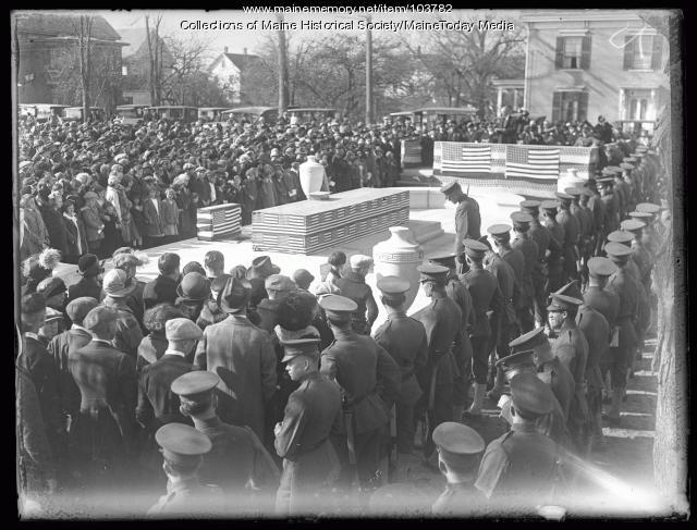 Memorial dedication, Kittery, 1924