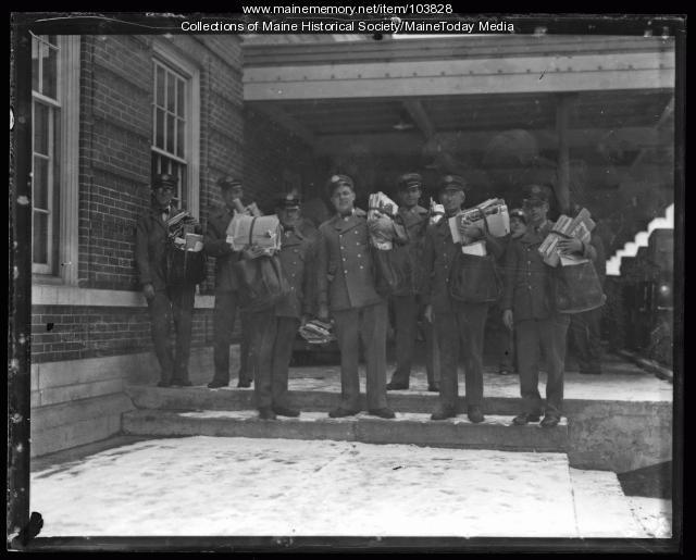 Postal carriers distribute pension application blanks, Portland, 1936