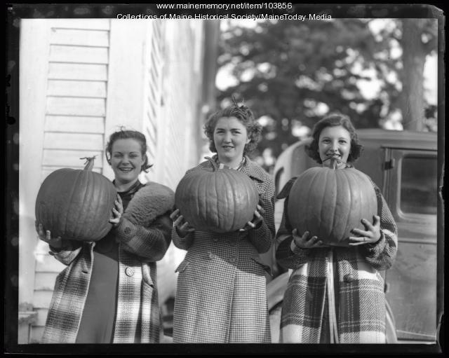Young women with pumpkins, Portland, ca. 1935