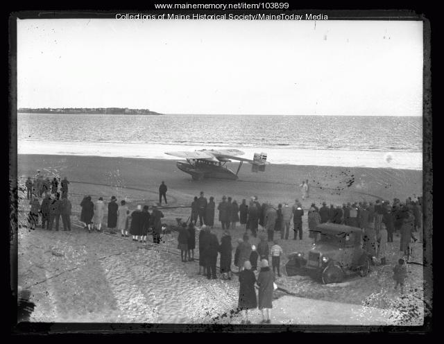 """Frances Grayson's seaplane """"Dawn"""" lands on Old Orchard Beach, 1927"""