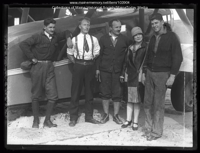 "Frances Grayson and the crew of the ""Dawn"", Old Orchard Beach, 1927"