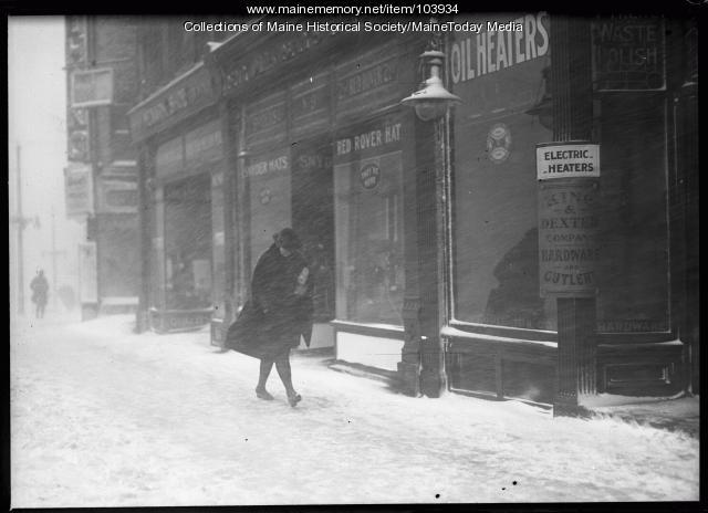 Blizzard and sleet storm, Portland, 1920