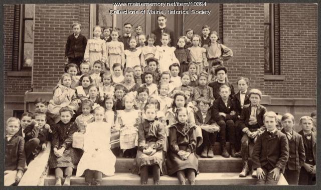 Class at North School, Portland, ca. 1910