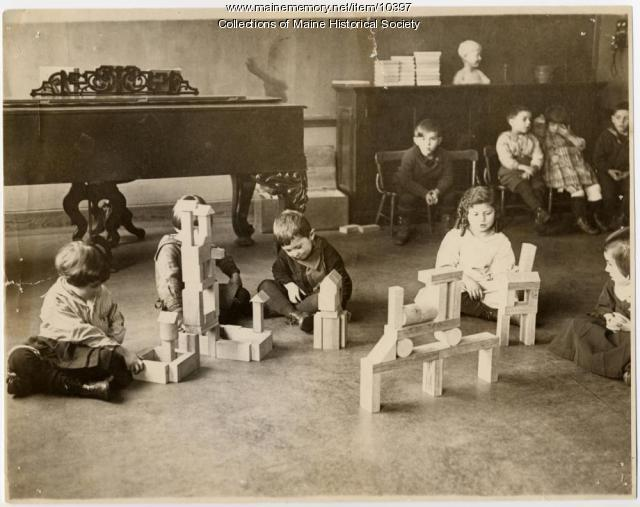 Students and blocks, North School, Portland, ca. 1910