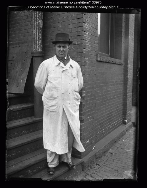 Clarence Groves, Portland, ca. 1923
