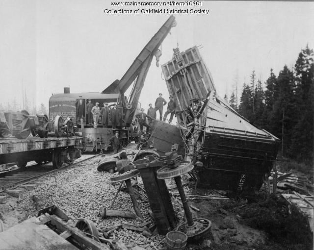Bangor and Aroostook Railroad line wreck, Apr. 27, 1917