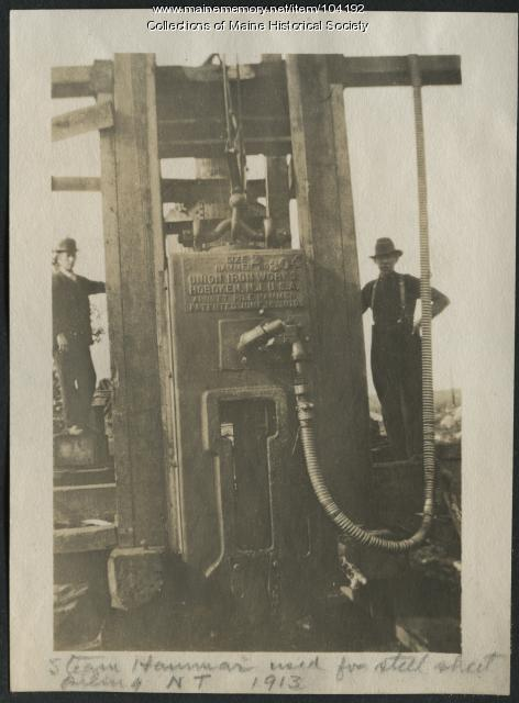 Steam hammer, Millinocket, 1913