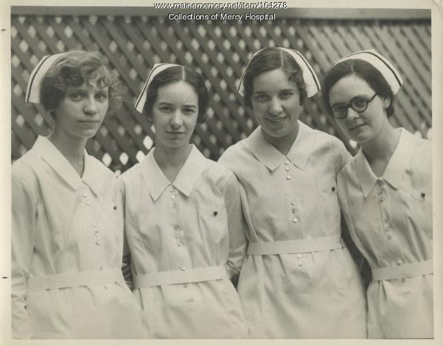 Class photo, Queen's Hospital School of Nursing, Portland, 1931