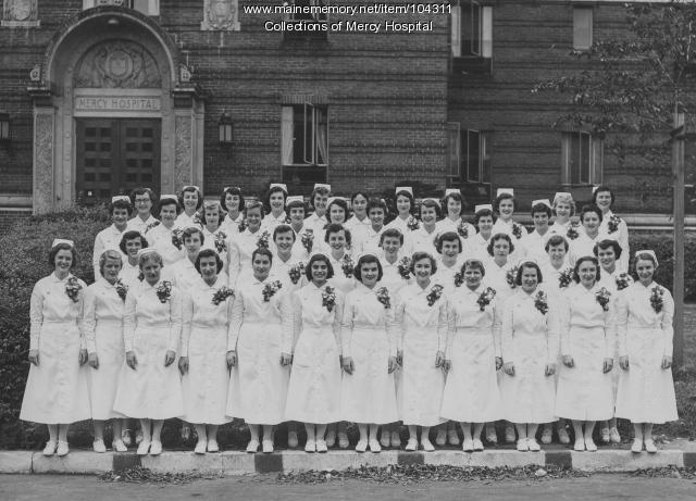 Mercy Hospital School of Nursing graduates, Portland, 1953