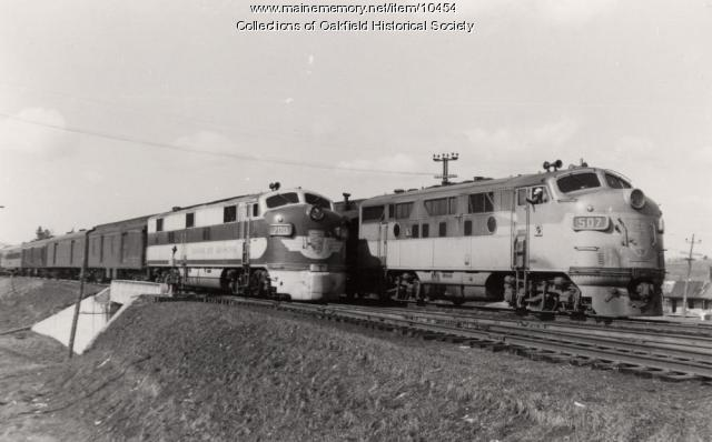 Bangor and Aroostook engines 700 and 507, c. 1950